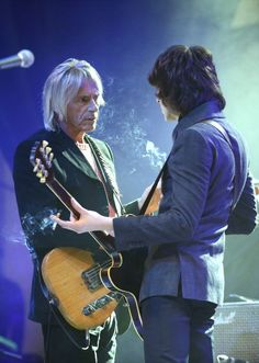 """hotelquebec: """" Paul Weller and Miles Kane perform during rehearsals for the NME Awards 2013 at the Troxy on February 2013 in London, England. Paul Weller, Rock News, British Style, New Wave, Punk Rock, Rock And Roll, Singer, Concert, Celebrities"""