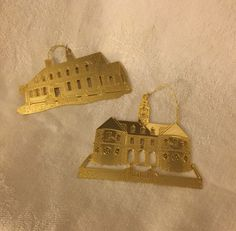 2 CHRISTMAS  BRASS ORNAMENT  ORNAMENS CHURCH & HOUSE