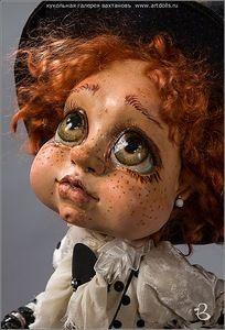 Vahtanov Doll Gallery :: Exhibition of Dolls Doll Gallery Copyright Dolls Collectible Dolls Interior portrait Bears Teddy Bear Vahtanov