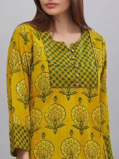Stylish and fashionable kurti neck design - Simple Craft Ideas Churidar Neck Designs, Kurta Neck Design, Kurta Designs Women, Salwar Designs, Neck Designs For Suits, Dress Neck Designs, Blouse Designs, Printed Kurti Designs, Printed Sarees