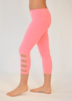 Ninja - Glyder cut out crop legging! Life is too short too wear frumpy workout apparel! High quality Nylon Spandex fabric, amazing colors and fit! Workout Attire, Workout Wear, Workout Outfits, Workout Clothing, Gym Outfits, Workout Tanks, Cute Leggings, Yoga Leggings, Red Leggings
