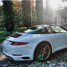Best Porsche Inspiration : Illustration Description Amazing Targa -Read More – Porsche Sports Car, Porsche Cars, Porsche 911 Targa 4s, Porche 911, Automobile, Porsche Sportwagen, Top Cars, Sexy Cars, Sport Cars