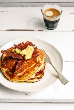 ... banana (or pumpkin) and ricotta hotcakes with manuka honey (or maple) butter and bacon ...