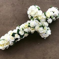 Any Floral design request can be done. Your imagination is the limit! Send us request now for possible discounts that stand! Diy Cross Flower Arrangement, Diy Flower Arrangements For Funeral, Flower Arrangements Simple, Funeral Flowers, Unique Flowers, Diy Flowers, Flower Decorations, Funeral Ideas, Cross Wreath