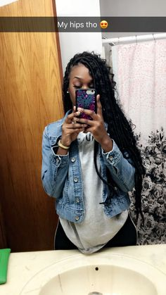 Latest Box Braids hairstyles Latest Box Hair Styles For Beautiful African Women, These are the most lovely box braids hairstyles you'. Faux Locs Hairstyles, My Hairstyle, Protective Hairstyles, Protective Styles, Hairstyle Ideas, Hair Ideas, Top Hairstyles, Bandana Hairstyles, Casual Hairstyles
