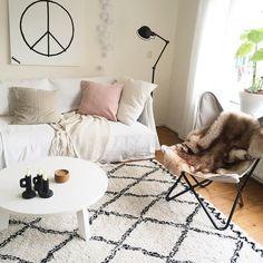 #kwantuminhuis Vlinderstoel ALBA > https://www.kwantum.be/meubelen/stoelen @leber_interieur