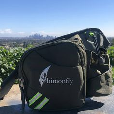 Follow @sshimonfly 👈🏻 . . Easily adjustableandcompletely stablewhile walking, camping, traveling or hiking, the Shimonfly fanny pack🎒…