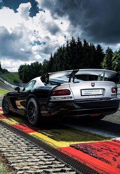 Dodge Viper ACR - LGMSports.com