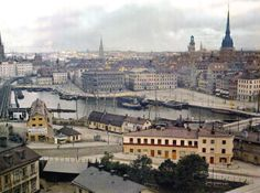 Stockholm, by Auguste Leon, autochrome. View from Slusses towards The Old Town. First Color Photograph, The Time Machine, Places In Europe, Colour Images, Color Photography, World Cultures, One Color, Old Town, Old Photos