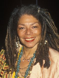 Rosalind Cash (1938 - 1995) - Find A Grave Photos
