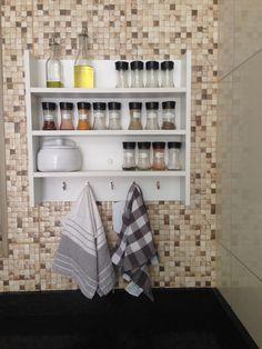 Beach Place, Garage Organization, Home Decor Styles, Bathroom Medicine Cabinet, Home Office, Dyi, Kitchen Decor, New Homes, Woodworking