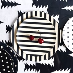 So we had a whole massive bag of these delicious cherries in the office courtesy of our fruity @camellaben ! Soooooooooo yummy   We are LOVING our monochrome bamboo plates and Gran pattern table mats - so striking! #Dinnerware #TableDecor #MonochromeInspo   #FineLittleday #TableSetting #TableDecoration #ThisModernLife