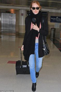 awesome Emma Stone LAX Airport   Style