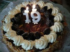 birthday cake 19 candles