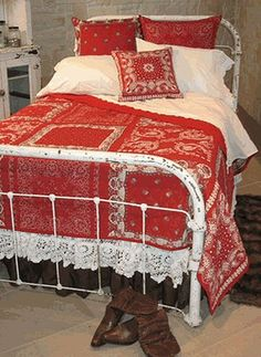 Red bandana quilt on a shabby iron bed Bandana Quilt, Bandana Blanket, Red Bandana, Red Cottage, Cottage Style, Western Decor, Country Decor, Bandana Crafts, Hm Home