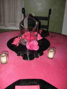 vinyl record centerpiece ideas | Fifties Party Ideas, 50's Party Ideas, 50's Invitations