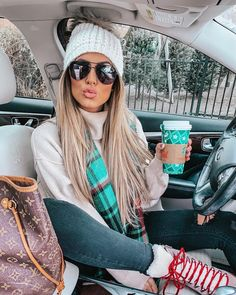 winter outfits christmas The Run Down on Winte - winteroutfits Winter Outfits For Teen Girls, Winter Mode Outfits, Winter Outfits Women, Casual Winter Outfits, Winter Fashion Outfits, Autumn Winter Fashion, Trendy Outfits, Cute Outfits, Christmas Outfits For Women