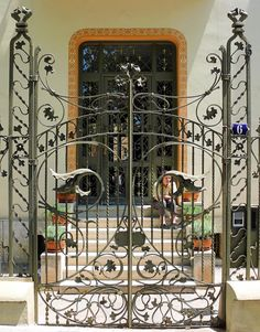 Barcelona - Av. Tibidabo 006 e | Flickr - Photo Sharing!