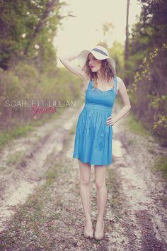 TAYLOR | JACKSONVILLE SENIOR PICTURES | Jacksonville Senior Photographer // Scarlett Lillian Seniors