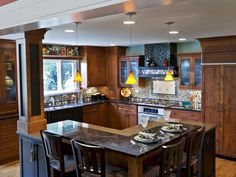Good working kitchen. Like the higher part of the island