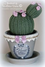 Valérie Werkstatt - Крючком - Leads For Amigurumi Cactus E Suculentas, Crochet Flowers, Lana, Crochet Hats, Christmas Ornaments, Holiday Decor, Blog, Handmade, Crochet Cactus