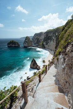 Nusa Penida Island with Jackson Groves, indonesia, bali and digitalnomads Places To Travel, Places To Visit, Travel Things, Excursion, Photos Voyages, Bali Travel, Travel Aesthetic, Vacation Destinations, Amazing Destinations
