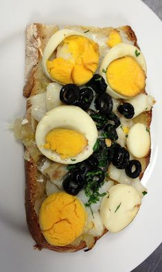 Tiborna de bacalhau by Can the Can Lisboa, via Flickr