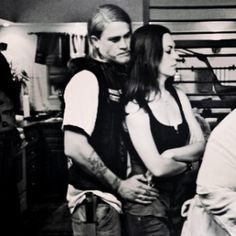 """""""Oh my gosh this pic just broke my heart. How I miss you Sons of Anarchy. Got the """"Feels"""" going on big time Sons Of Anarchy Tara, Sons Of Anarchy Motorcycles, Charlie Hunnam Soa, Jax Teller, Human Mind, Best Tv Shows, My Heart Is Breaking, Boss Lady, Hair Hacks"""
