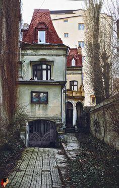 Casă pe Str. Dionisie Lupu, București