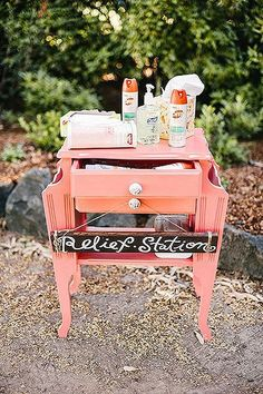 When throwing an outdoor wedding, it's important to keep your guests clean from any critters that may be near. Create a relief station armed with bug spray, sunscreen, and hand sanitizer so your guests can enjoy your big day. Farm Wedding, Wedding Tips, Diy Wedding, Wedding Events, Rustic Wedding, Dream Wedding, Wedding Day, Garden Wedding, Spring Wedding