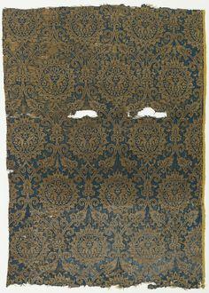 Fragment, 14th century. Medium: silk, gilded animal membrane around linen core Technique: 4&1 satin and plain weave (lampas). Gift of John Pierpont Morgan. 1902-1-262.