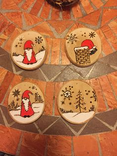 Wood burning is the art of sculpting layouts and pictures into bare wood making use of warm, as well Christmas Wood Crafts, Christmas Art, Christmas Projects, Holiday Crafts, Painted Ornaments, Diy Christmas Ornaments, Handmade Christmas, Christmas Decorations, Christmas Coasters