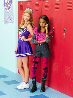 Lexi (Stefanie Scott) & China (Chyna McClain)