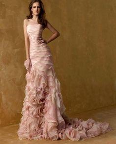 Light Pink Sirena Abiti Da Sposa A File Organza Corte Treno Senza Spalline Custom Made Quarzo Rosa Festa di Nozze