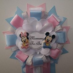 Twins or Gender Reveal Minnie & Mickey Mouse in Silver Mommy to Be Corsage Baby Shower Mum, Paris Baby Shower, Baby Showers, Baby Corsage, Corsage Pins, Baby Shower Coursage, Dibujos Baby Shower, Our Baby, Baby Boy