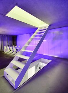 Thomas Finckh Architekten Haus auf schmalem Grund Treppe ohne Handlauf