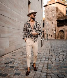 Mh/ new projects   High Fashion Men, Mens Fashion Blog, Male Fashion, Black Men Summer Fashion, Trendy Mens Fashion, Fashion Guide, Fashion Black, Fashion Fall, Fashion Trends