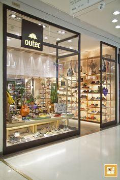 Outer. Shoes - Botafogo Praia Shopping, Rio de Janeiro