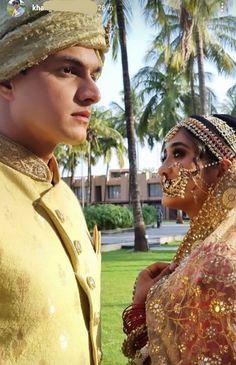 Pics Of Cute Couples, Cute Couple Dp, Romantic Couples, Cute Celebrities, Indian Celebrities, Bollywood Celebrities, Bollywood Actors, Celebs, Ideas For Instagram Photos