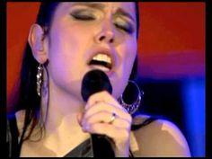 """""""Parva que Sou"""" - Deolinda no Coliseu dos Recreios 2011 Letra: http://letras.com/deolinda/1829885/"""