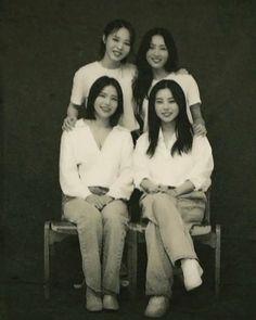 Pop Group, Girl Group, Wheein Mamamoo, Kpop Girl Bands, Solar Mamamoo, Korean Babies, I Love My Wife, Fandom, Doja Cat