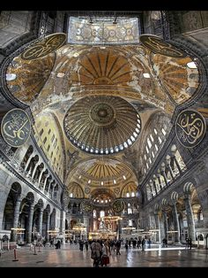 Traveling - Monuments - Architecture - Interior Design -The breathtaking interior of the Hagia Sophia, Istanbul, Turkey. Hagia Sophia is a former Greek Orthodox patriarchal basilica, later an imperial mosque, and now a museum. Islamic Architecture, Historical Architecture, Beautiful Architecture, Beautiful Buildings, Art And Architecture, Magic Places, Places To Go, Beautiful Mosques, Beautiful Places