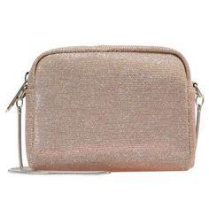 Geanta Lurex colectia Vero Moda doar 59 lei Lei, Verona, Michael Kors Jet Set, Boutique, Bags, Fashion, Handbags, Moda, Fashion Styles