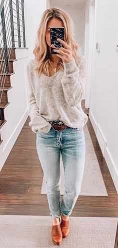 summer outfits ideas for casual fashion 2019 white and grey leather bag long sleeve dress Winter Dress Outfits, Fall Winter Outfits, Spring Outfits, Winter Fashion, Casual Outfits, Cute Outfits, Dress Winter, Fashion Outfits, Women's Casual