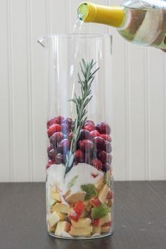 """Cranberry & Rosemary White """"Christmas"""" Sangria. Video recipe by Jerry James Stone"""