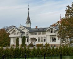 """Norwegian """"Dragon-style""""-house = old architecture. - Steve's Digicams Forums"""