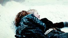 GIF Liesel Meminger and Rudy Steiner from The Book Thief. They're SO CUTE!!