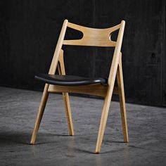 Carl Hansen & Søn - Sawbuck chair CH29 (1952) by Hans J Wegner