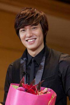 Lee Min Ho from Senyumnya