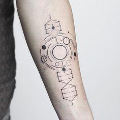 """The universe is in us"" _______________________ Using @rghtstuff machines _______________________ #rachainsworth #linetattoo #minimaltattoo #spacetattoo #dna @equilattera @inkstinctofficial @blacktattooing @tattooarmada @theartoftattoos"